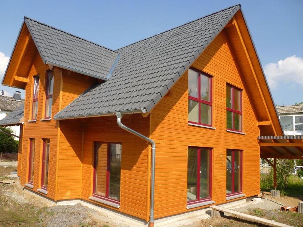 schwedenh user holzhaus als schwedenhaus holzhandwerk aus deutschland. Black Bedroom Furniture Sets. Home Design Ideas
